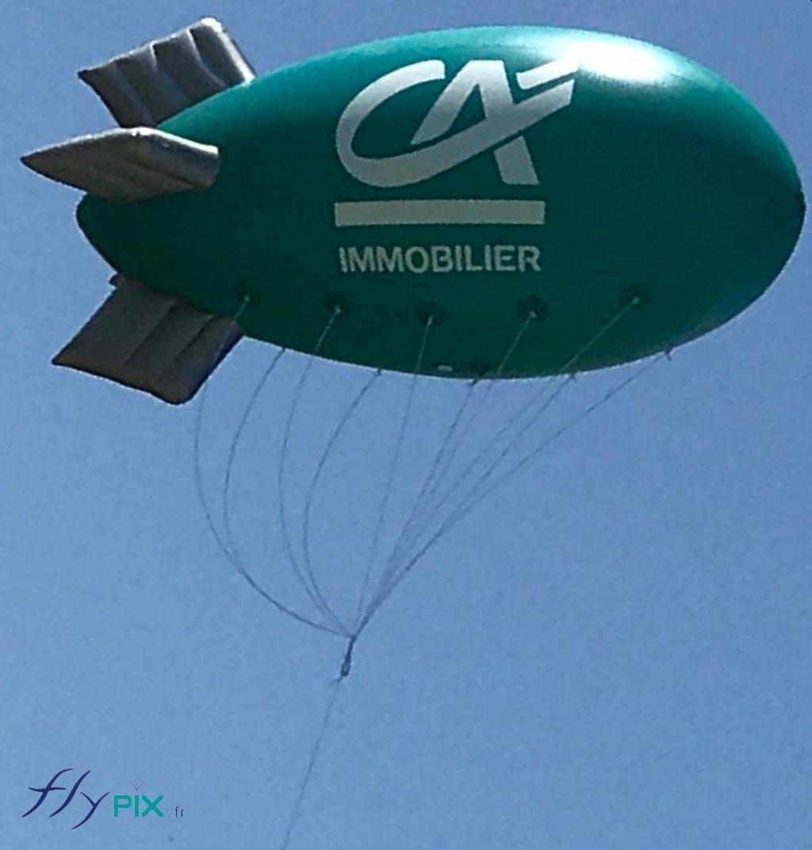 Dirigeable zeppelin publicitaire cr dit agricole immobilier seppa - Faire tenir des ballons en l air sans helium ...
