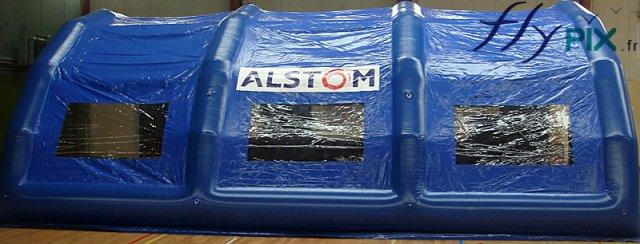 Dôme gonflable de protection pour les chantier, TPE, constructions et travaux publics.