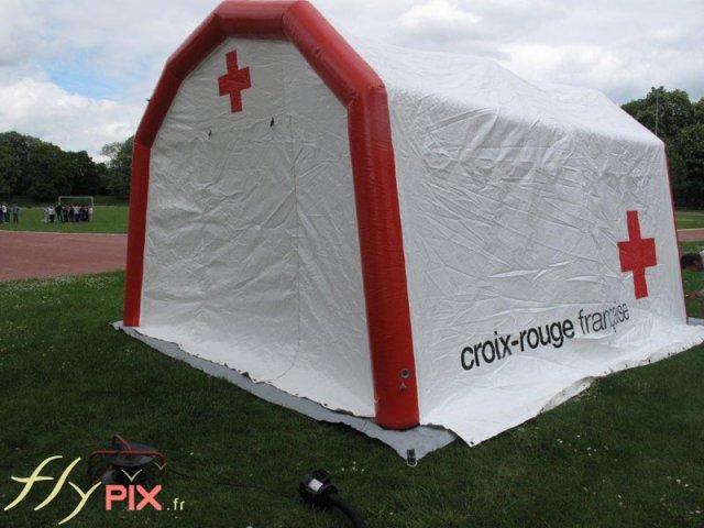 Tente abri gonflable pour PMA, premiers secours et poste médical avancé.